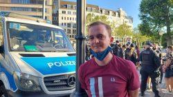 Marco Böhme (Landtagsabgeordneter, Die Linke) ist häufig als parlamentarischer Beobachter vor Ort, wenn Demonstrationen stattfinden. Foto: LZ