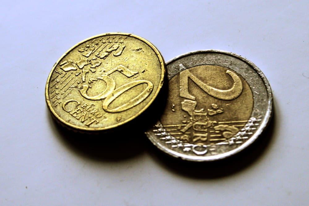 Zwei Euro fünfzig. Foto: Ralf Julke