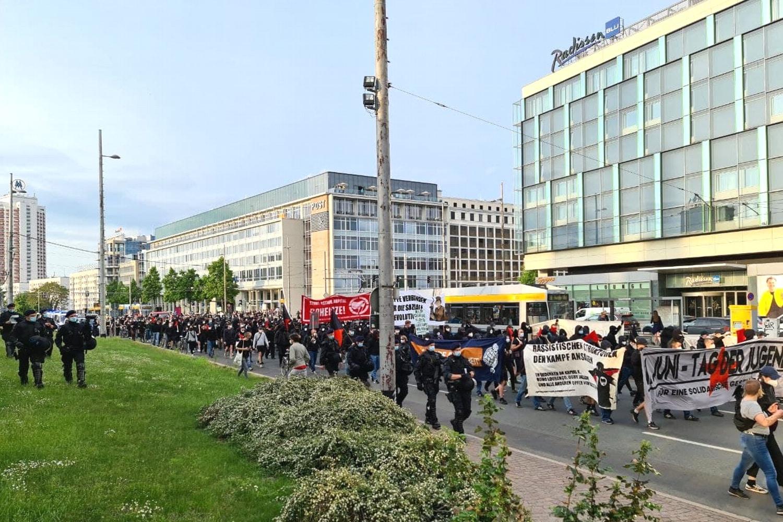 Der 1. Juni 2021 in Leipzig: die erste bewegte Demonstration seit Monaten. Foto: Leon Eisfelder-Mylius/LZ
