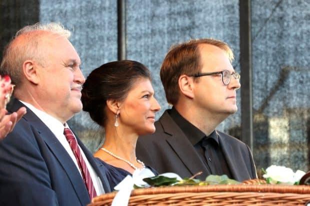 Andrej Yurevich Dronov, Sahra Wagenknecht und Sören Pellmann. Foto: LZ