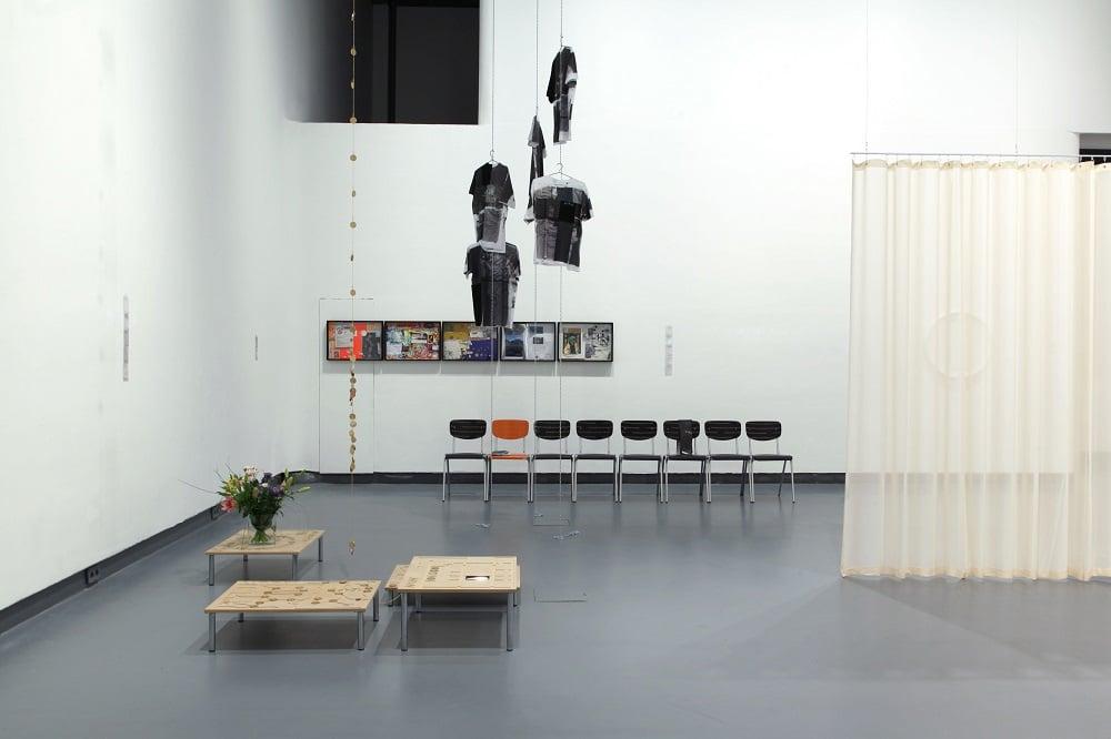 Die Ausstellung Broken Relations in der HGB-Galerie ist noch bis 29.6. zu sehen. Foto: Anna Sophie Knobloch