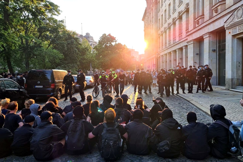 """Die Blockade auf dem Innenring - hier war dann endgültig Schluss für die """"Bürgerbewegung"""" - Volker Beiser blies zum Rückzug. Foto: LZ"""