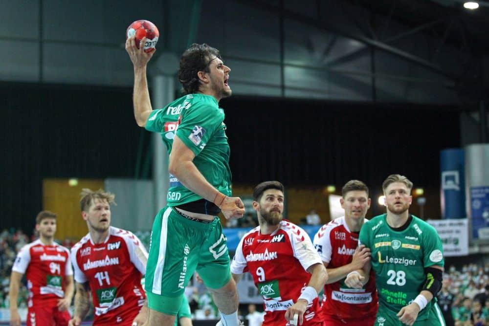 Handball, 1. Bundesliga, Saison 2020/ 2021, 37. Spieltag: SC DHfK Leipzig vs. HSG Nordhorn-Lingen am 23.06.21 in der Quarterback Immobilien Arena Leipzig. Im Bild: Martin LARSEN (17, SC DHfK Leipzig) wirft