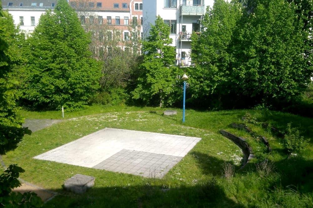 Das kleine Amphitheater im Hinterhof der Dresdner Straße 82. Foto: Thomas Grahl