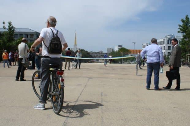 Die Sichtachse zum Neuen Rathaus ist noch versperrt. Foto: Ralf Julke