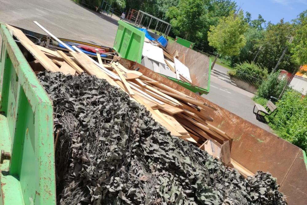 Das Unwetter hatte in der Ringelnatz-Schule eine Spur der Verwüstung hinterlassen, die nun beseitigt wurde. Foto: privat