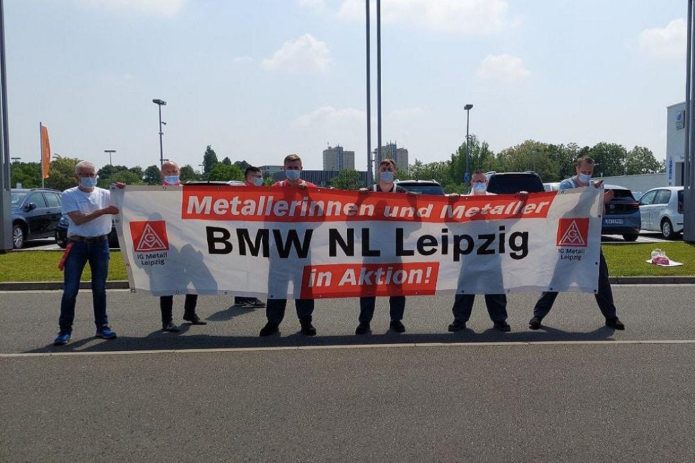 Warnstreik der IG Metall auf der Leipziger Automeile. Foto: Sabine Eicker