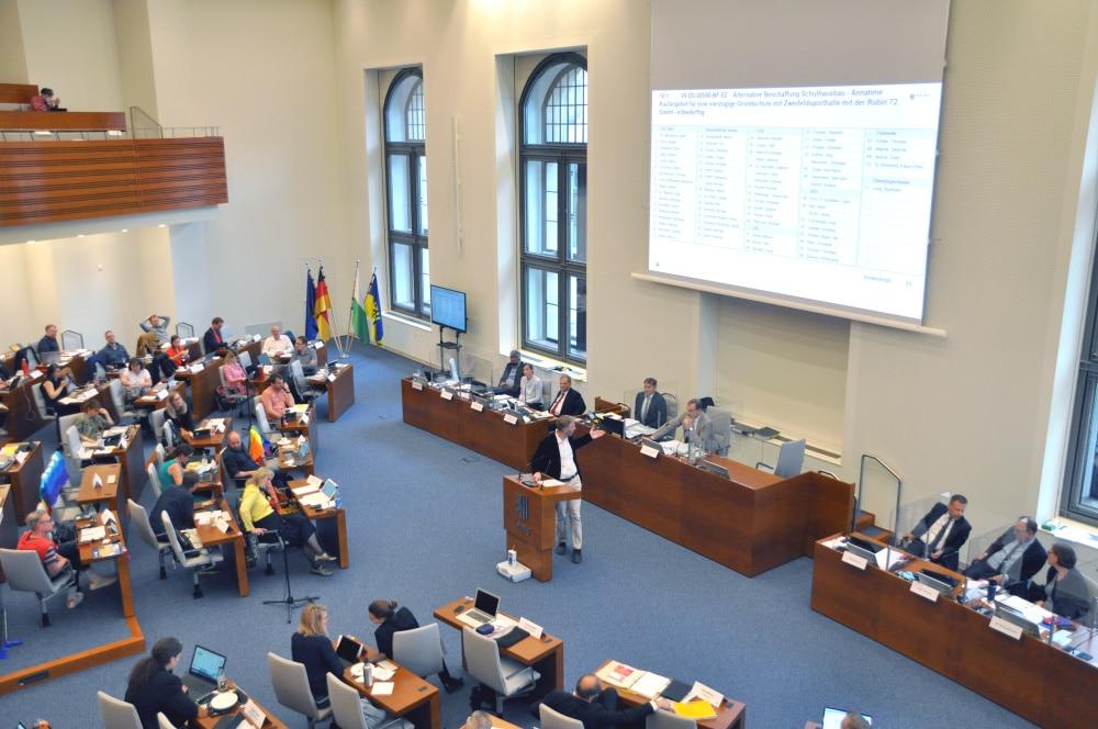 Der Stadtrat tagte heute den zweiten Tag in Folge. Foto: LZ