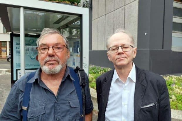 Frank Kimmerle (links), Ehrenvorsitzender und rechts Raimund Grafe, Vorsitzender des Erich-Zeigner-Haus e. V. Foto: Sabine Eicker