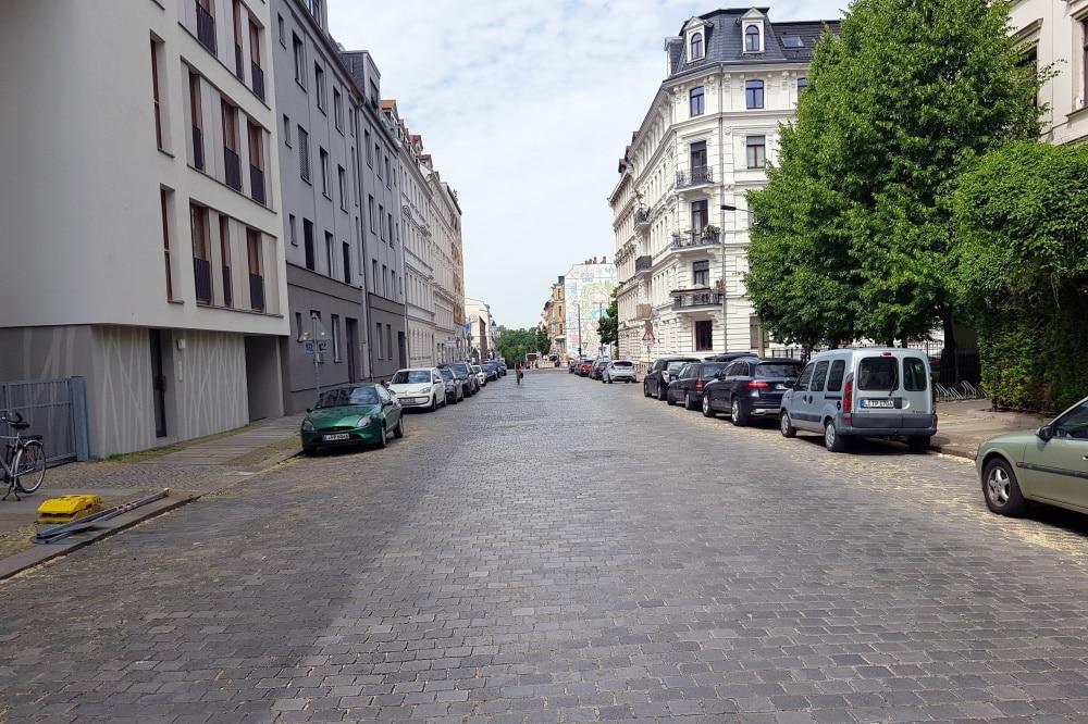 Shakespearestraße, Blickrichtung KarLi. Foto: Alexander Laboda