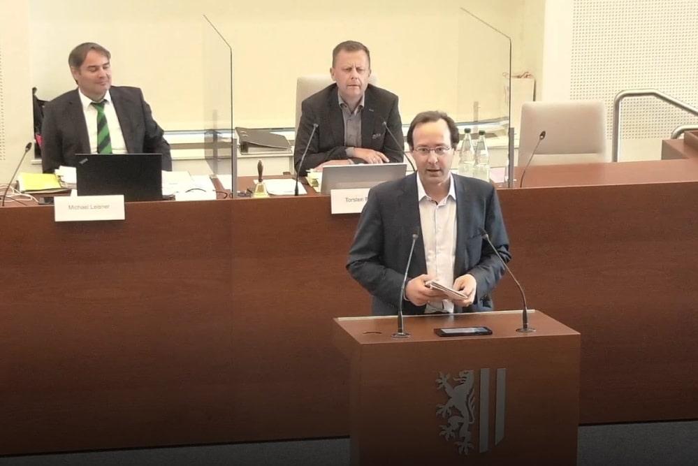 Hubertus Freiherr von Erffa aus dem Ortschaftsrat Lützschena-Stahmeln. Foto: Videostream, Screenshot LZ