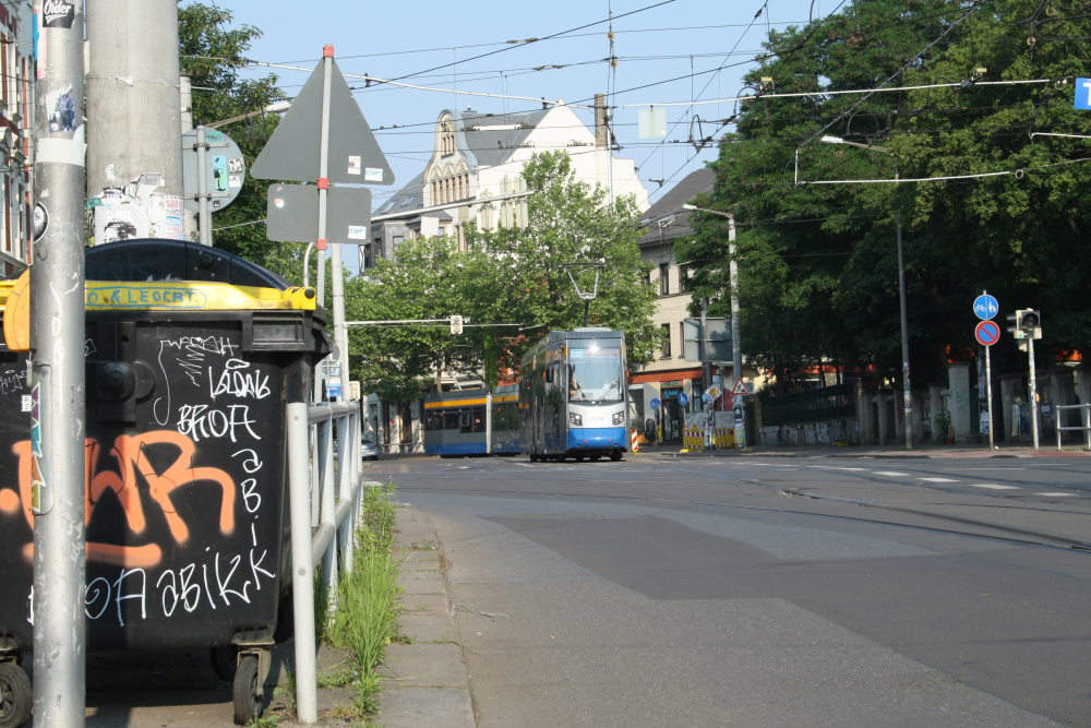 Am Felsenkeller fehlte bis jetzt sowieso die Fortsetzung des Radweges bis zur Kreuzung. Foto: Ralf Julke