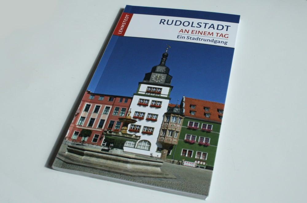 Steffi Böttger: Rudolstadt an einem Tag. Foto: Ralf Julke
