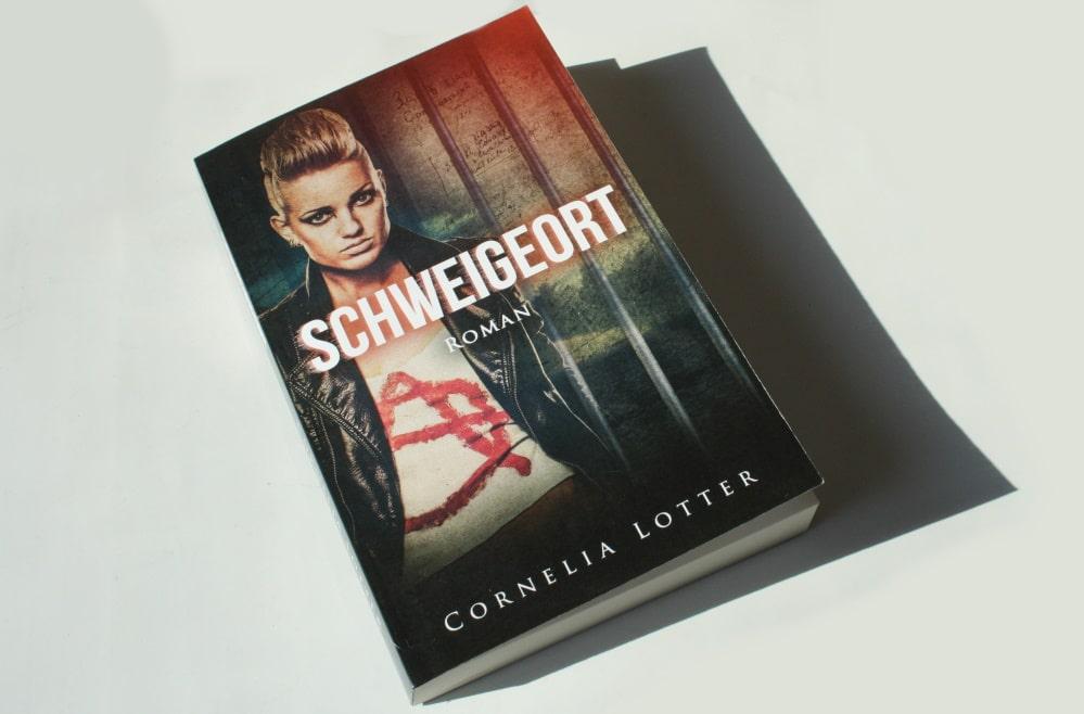 Cornelia Lotter: Schweigeort. Foto: Ralf Julke