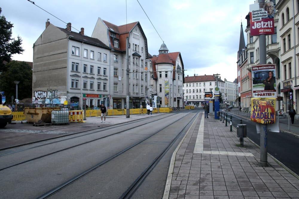 Die umgestaltete Westseite des Lindenauer Marktes. Foto: Ralf Julke