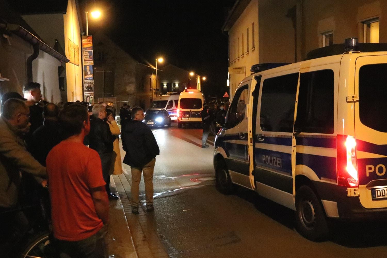 Ein surrealer Abend vor der Tür in Liebertwolkwitz. Foto: LZ