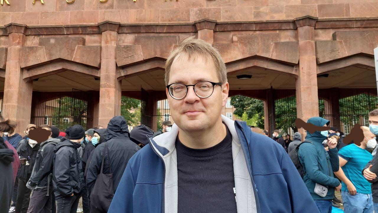 Sören Pellmann am Grassimuseum am 18. September 2021. Foto: LZ