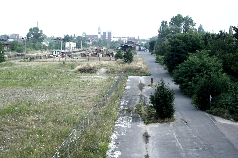 So sah es vor dem Bau des neuen Rad-/Gehweges aus. Archivfoto: Ralf Julke