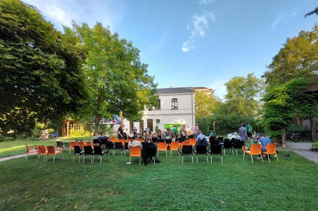 Das Wahlpodium des BUND am Buddehaus. Foto: LZ
