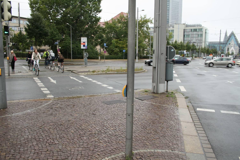 Die Radfahrerkreuzung am Johannisplatz. Foto: Ralf Julke