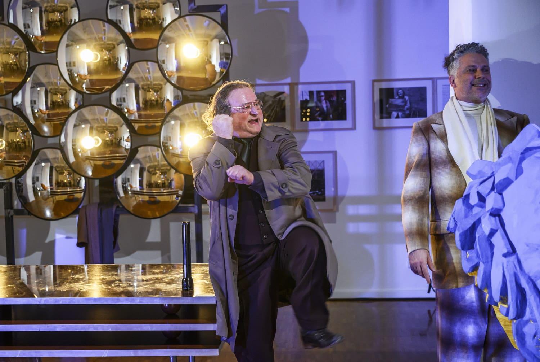 Kunst. Foto: Schauspiel Leipzig/Rolf Arnold