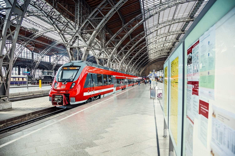 Zug im Hauptbahnhof Leipzig. Foto: MDV, Lars Neumann