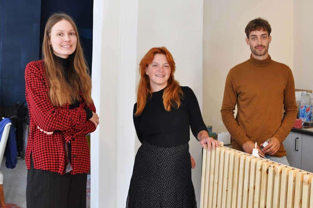 Freya Endrullis, Nina Grote und Arne Ehrnstorfer eröffnen das Generations-Café